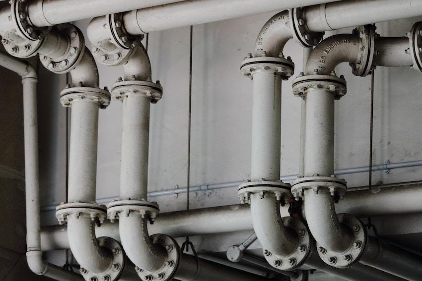 Cómo detectar fugas de agua en tuberias enterradas